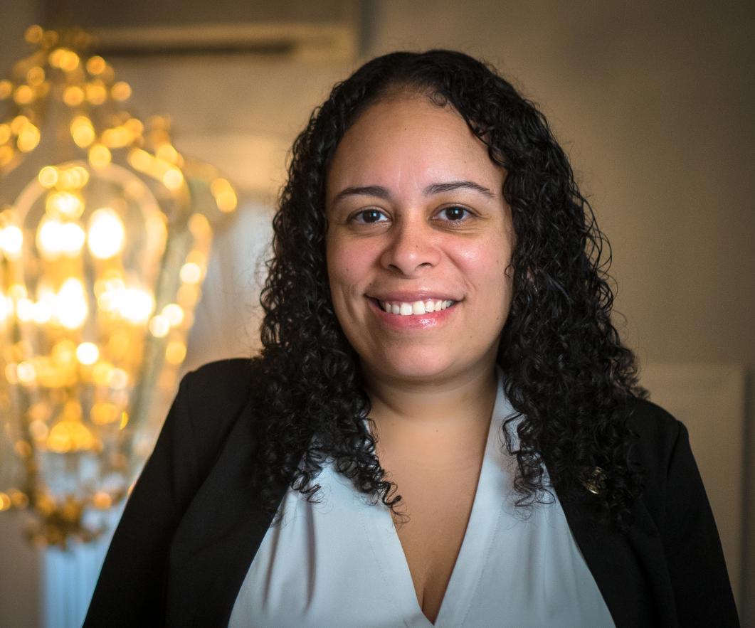 Heidie Garcia : Funeral Assistant